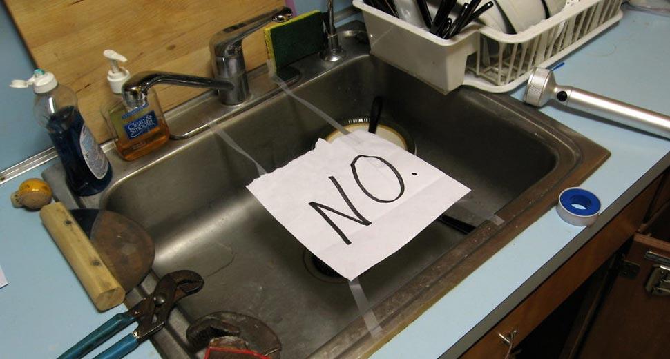 allez on vous laisse c'est l'heure de la vaisselle