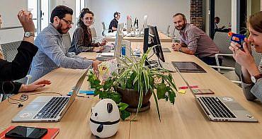 job meeting recrutement ux ui designer developpeur inegrateur iot